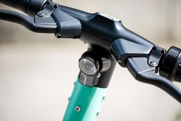 e-scooter-4416342_1280